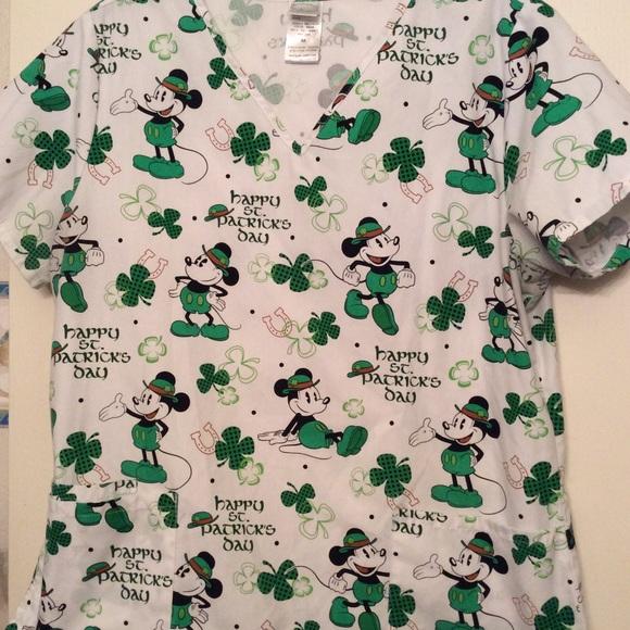a0f2fd37dda Disney Tops   Mickey St Patricks Day Scrub Medium   Poshmark